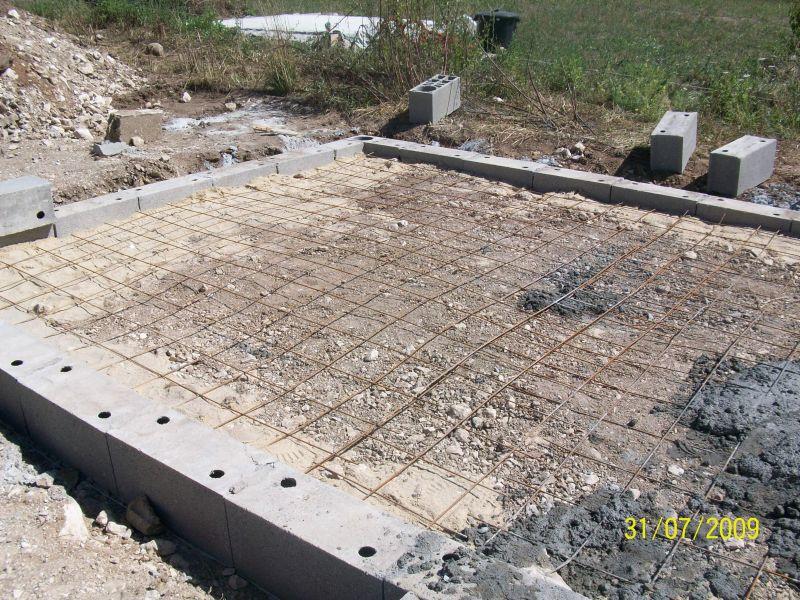 Debut de mon auto construction d un abri de jardin la for Comconstruction d un abri de jardin